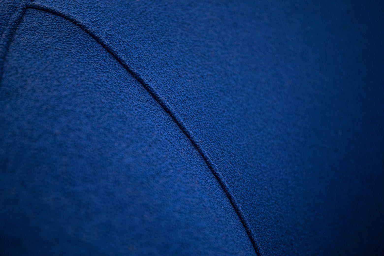 Divano blu veronesi part